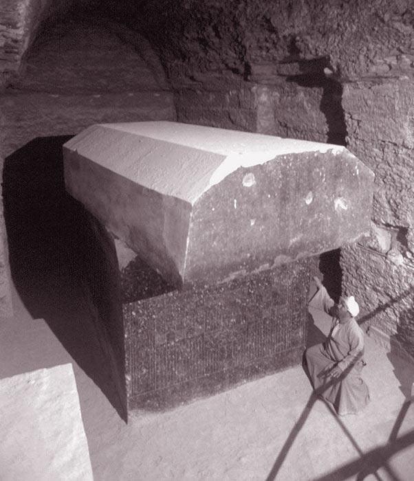 Serapeum de Saqqara: Conectando con los misterios de Osiris (Viaje Iniciático a Egipto)